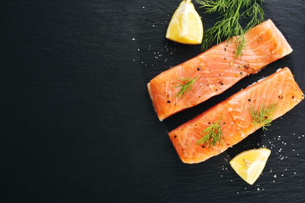 نقش ماهی سالمون در بارداری