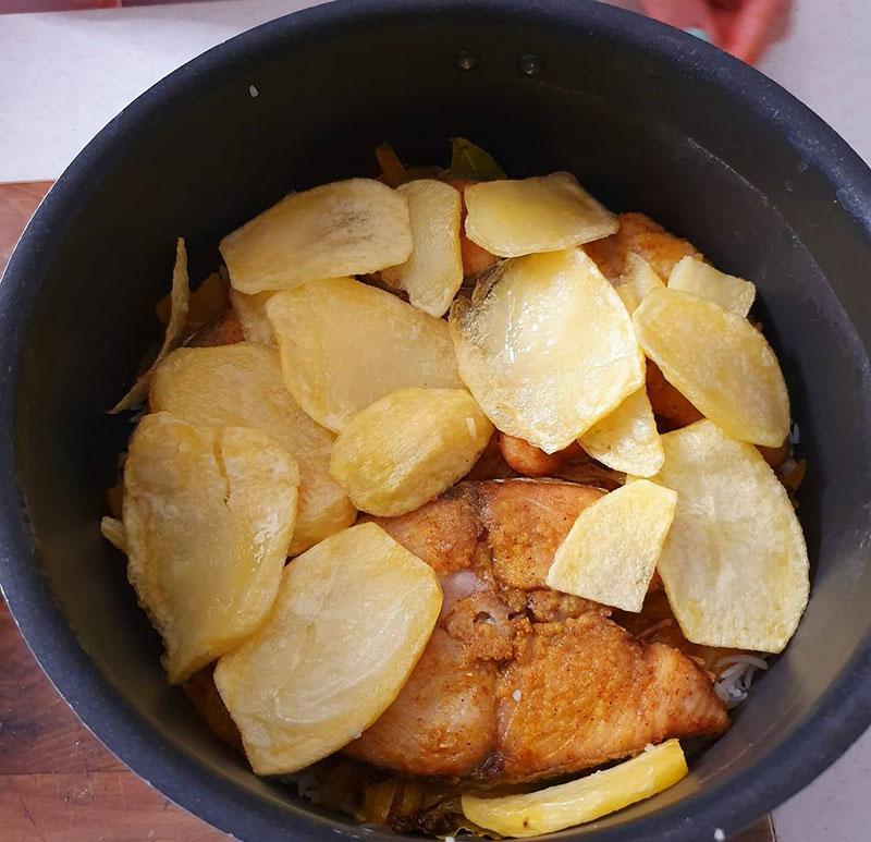 استانبولی ماهی شیر